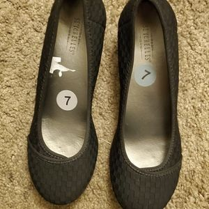Seychelles woman shoes size 7